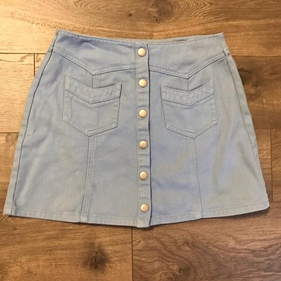 Kendall & Kylie Dresses & Skirts - Kendall & Kylie denim button up skirt